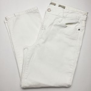 NWOT Calvin Klein White Cropped Straight Jeans